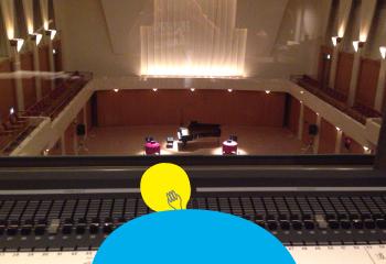 極上の語りとピアノ演奏を聴きながら操作する本番