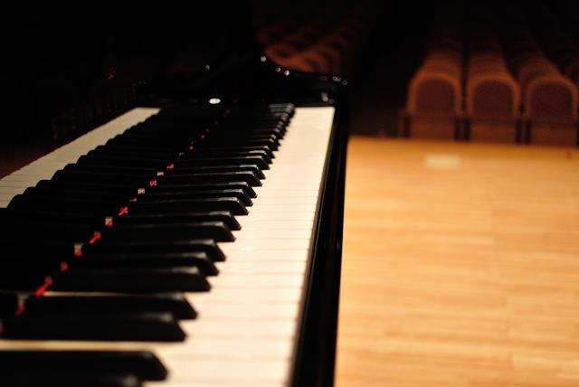 ピアノの繊細さと、調律師の技術を知る