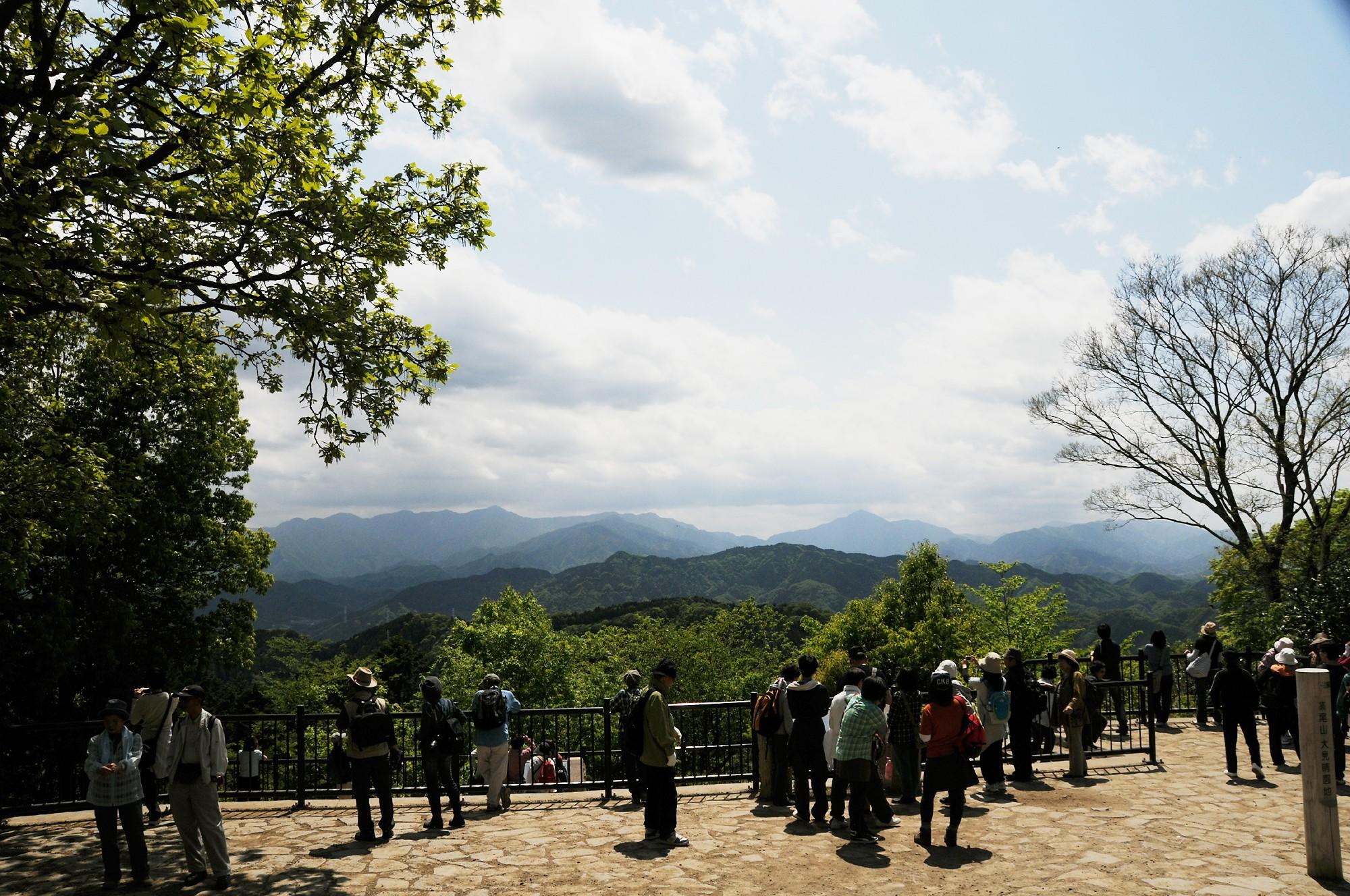 合格祈願で高尾山を参拝登山