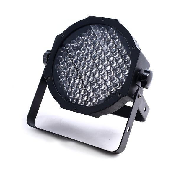 舞台照明設備のLED化は、デメリットも知っておいてほしい